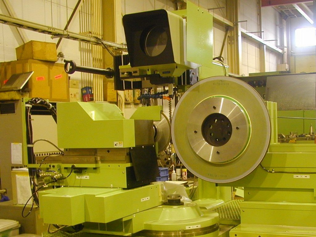 CNC砥石成形機 SAF850による加工